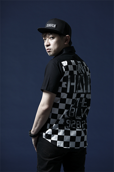 【予約商品】Zephyren EMBLEM SHIRT S/S BLACKxInhale the black