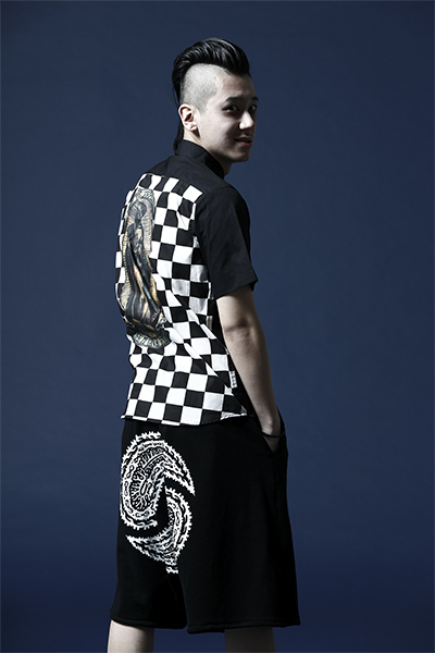 【予約商品】Zephyren EMBLEM SHIRT S/S BLACKxPRAY