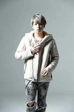 LEATHER HOODY WHITE