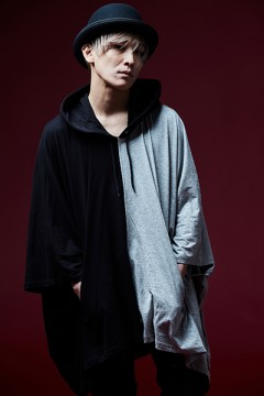 【予約商品】PONCHO PARKA BLACK/GRAY