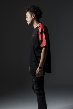 BIG R-S/S TEE BLACKxRED