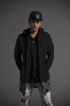 SWITCHING LONG PARKA L/S BLK-PAS