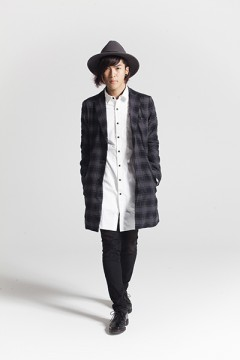 LIGHT CHESTER COAT BLK