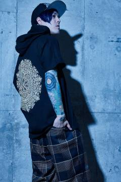 【予約商品】Zephyren(ゼファレン) DOLMAN BIG HOODY S/S BLACK / Kaleidoscope